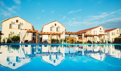 Отдых в Крыму — отель «Нарлен» в Коктебеле.